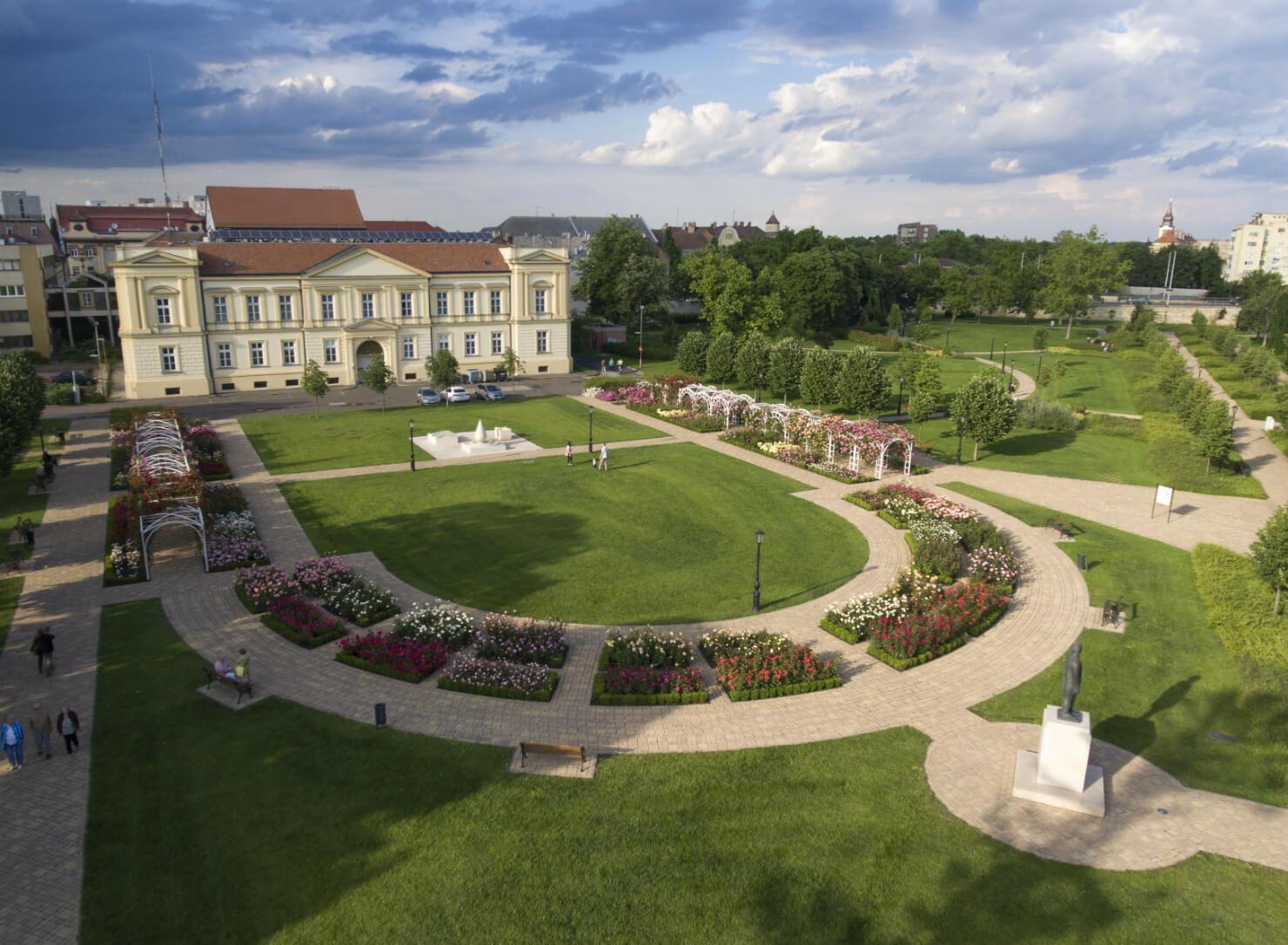 Rozárium - Magyar rózsák kertje - Szolnok